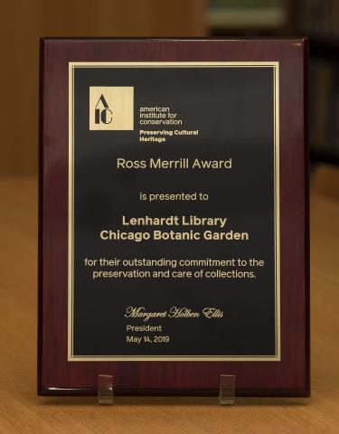 Ross Merrill Award presented to the Lenhardt Library of the Chicago Botanic Garden
