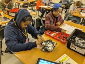 Summer STEM Camp at Evanston Public Library